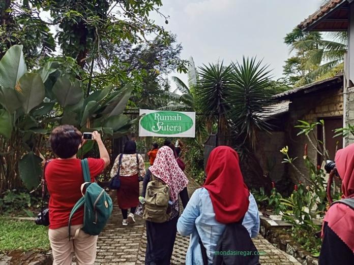 Rumah Sutera Alam Ciapus Bogor
